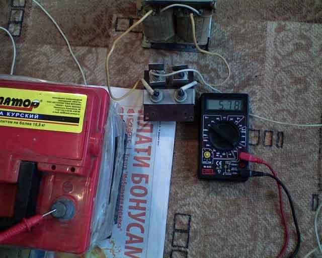 Как сделать зарядное устройство аккумулятор автомобиля